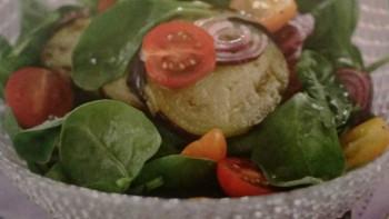 Salata cu vinete si rosii (siriana)